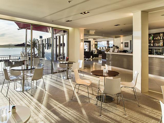Halo Restaurant & Dining