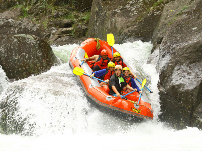 River Rats Raft & Kayak - Wairoa Grade 5 Rafting